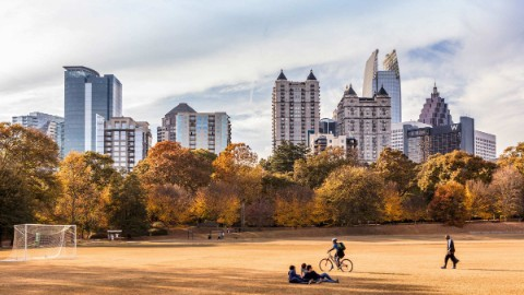 Skyscrapers of Atlanta CBD towering over park